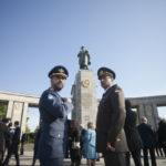 Как отмечают День Победы на Западе: первый праздник в Берлине